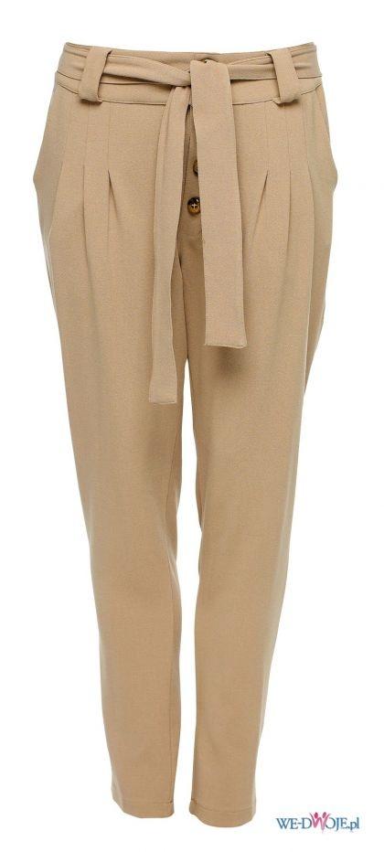 wiązane spodnie
