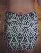 Aztecka spódnica...
