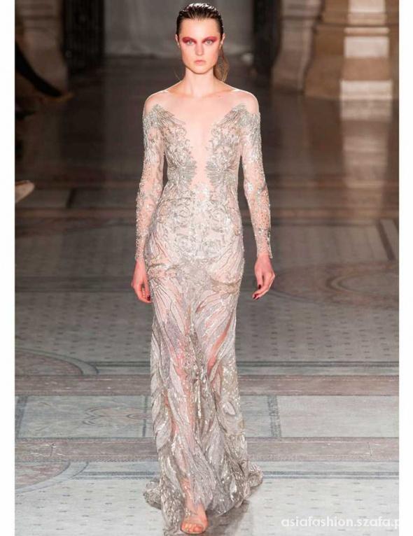 Piękna sukienka Julien Macdonald