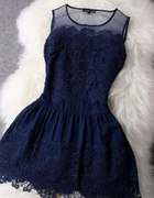 Bardzo kobieca sukienka koronka