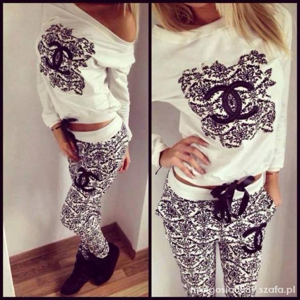 Ubrania Chanel dres