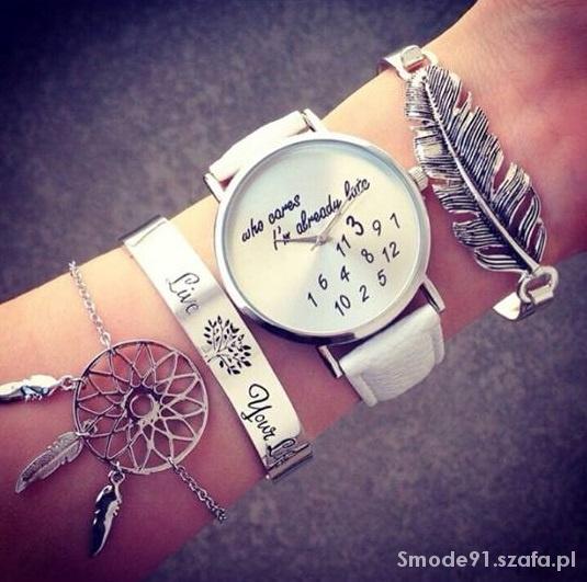 Zegarek Blogerek Damski Złoty kolory napis