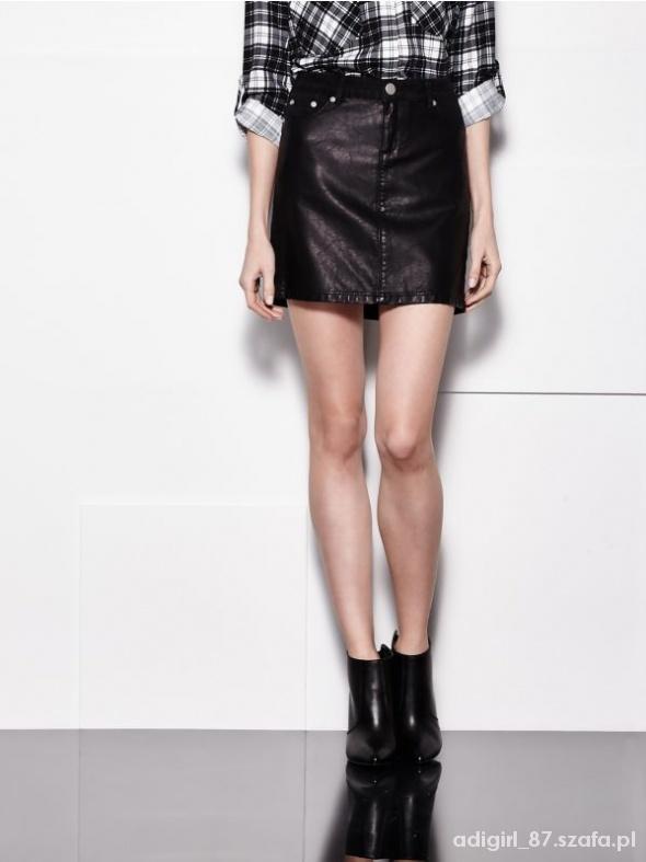 Spódnice Mohito klasyczna czarna mini