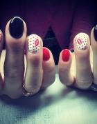 całuśne paznokcie