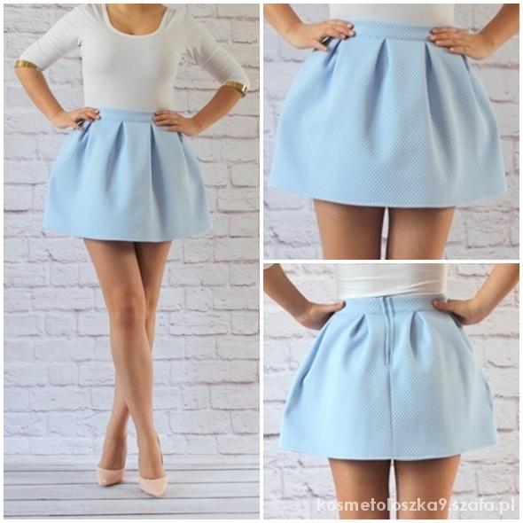 Spódnice błękitna rozkloszowana spódniczka