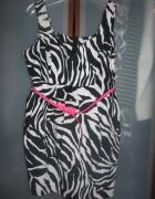 Select śliczna sukienka z paskiem 44