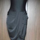 Czarna elegancka spódniczka TU 40