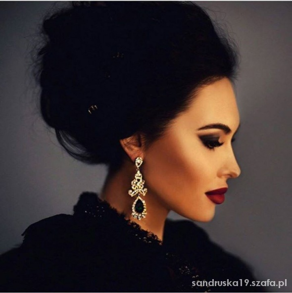 Fryzury elegancki makijaż i fryzura