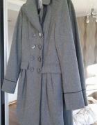 Poszukuję płaszcza Cropp w rozmiarze s...