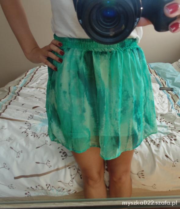 Spódnice Zielona spódniczka S M L