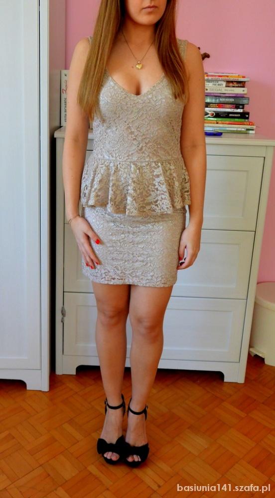Mój styl Koronkowa sukienka z baskinką