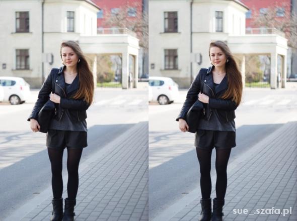 Blogerek black is a color