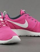 Nike Roshe Runrozm 41...