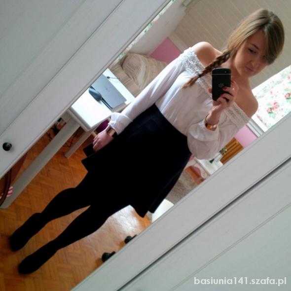 Mój styl Biel plus czerń