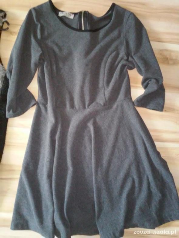 Sukienka Forever Pink rozmiar 42
