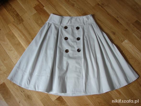 Spódnice Beżowa rozkloszowana spódnica ZARA
