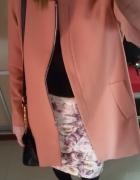 płaszcz z bufkami Zara