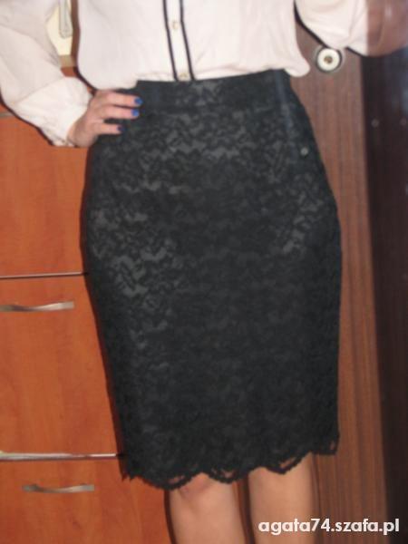 Mój styl koszula i koronkowa spodniczka