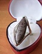 HIT pierścionek z minerałem HIT