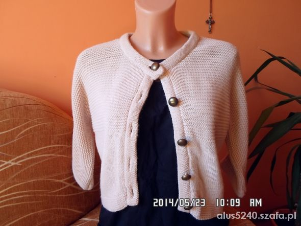 Swetry krótki sweterek