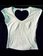 39 Miętowa koszulka w groszki z sercem
