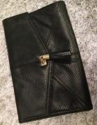 Czarna mała torebka