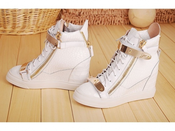 Sneakersy Giuseppe Zanotti...