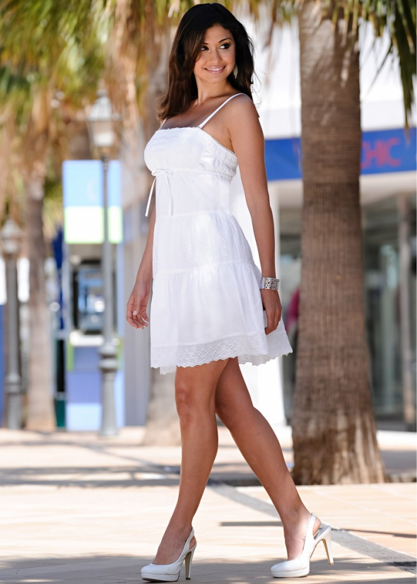 e10a8fb4e46f17 BIAŁA BAWEŁNIANA SUKIENKA NA RAMIĄCZKACH 34 NOWA w Suknie i sukienki ...