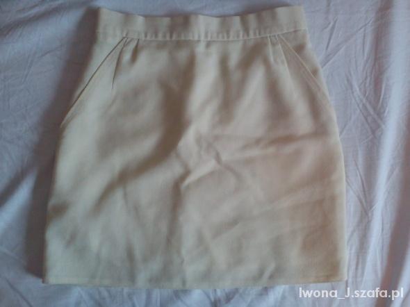 Spódnice Spódnica S