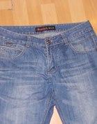 jasne męskie jeansy