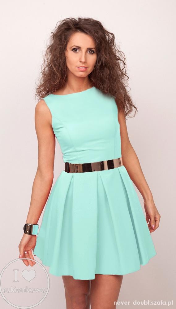 miętowa sukienka rozkloszowana s