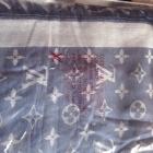 Kaszmirowa chusta Louis Vuitton