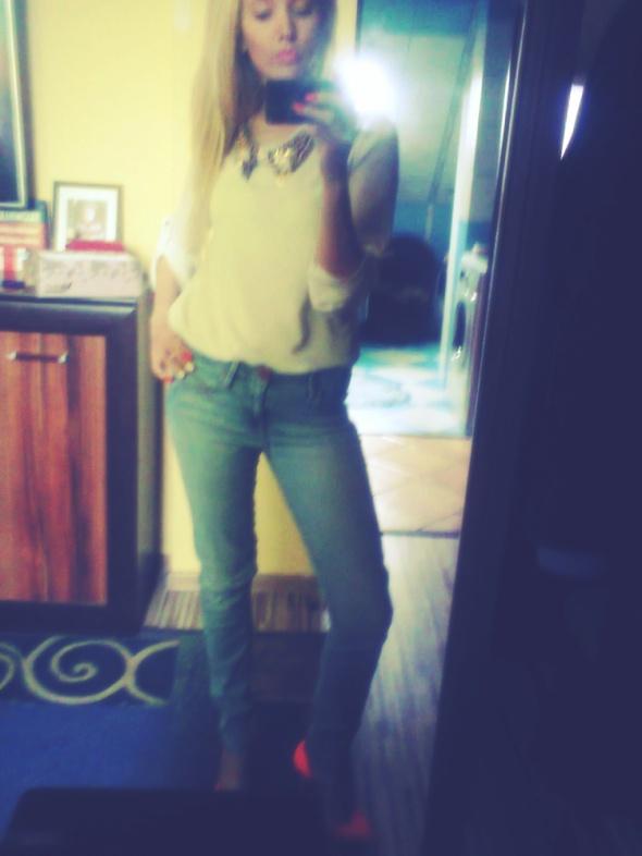 Mój styl koszula i jeansy