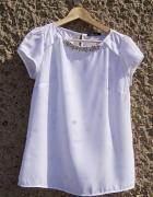 Biała bluzka z koralikami MOHITO
