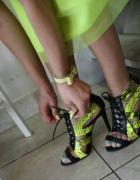 neonek