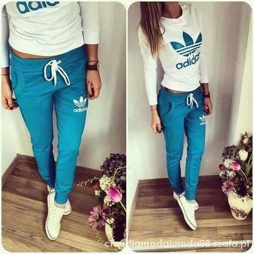 Niebieski dres Adidas w Dresy Szafa.pl