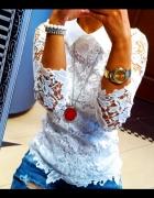 Haftowana biała bluzka