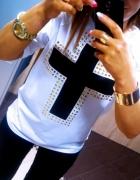 Biało czarna bluzka ze złotymi ćwiekami