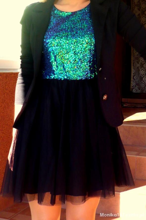 26d6a07882 Suknie i sukienki Zielona cekinowa sukienka z czarnym tiulem H M ...