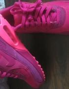 Air max pink...