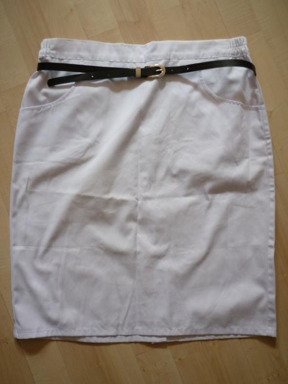 Spódnice Biała spódnica M