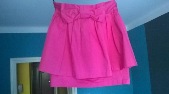Spódnice rozowa kokarda