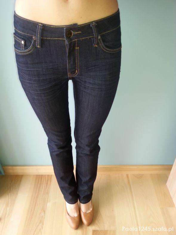 Cudowna Jeansy rozmiar 38 w Spodnie - Szafa.pl VE63