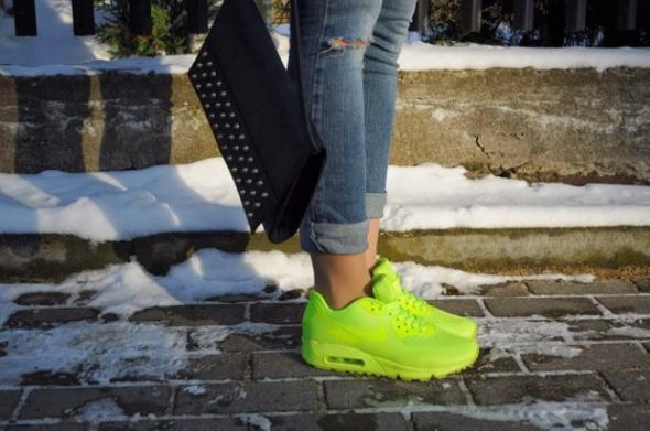 fashion style: Nike Air max Hyperfuse Neonowe Air max