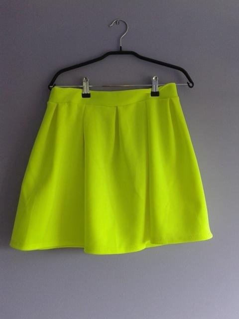 Spódnice neonowa