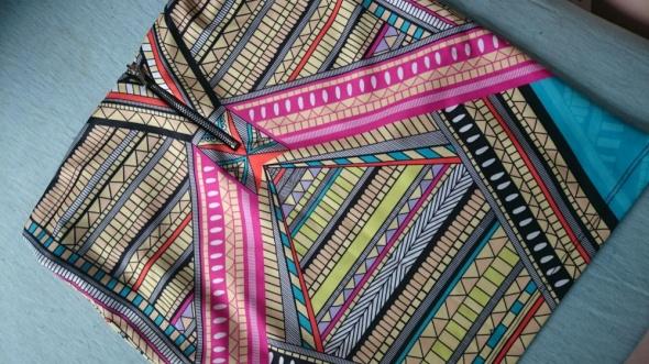 Spódnice spódniczka azteckie wzory bershka