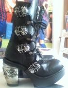 New Rock womens boots flovers skulls...