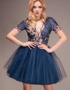 Koronkowa sukienka LOU