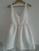 biała nowa sukienka zara wytłaczana