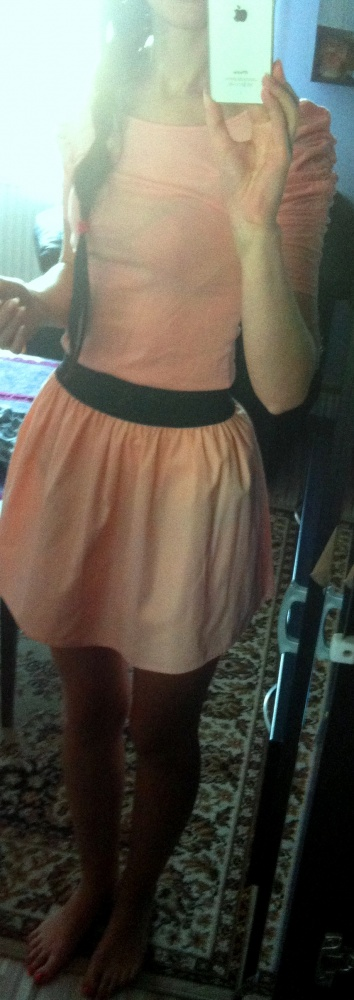 Eleganckie rozkloszowana spódnica